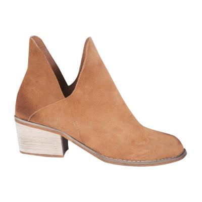 Irvine Shoes