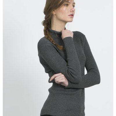 lucrezia grey jumper Compañía Fantástica
