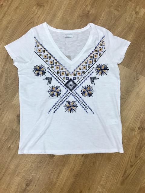 camiseta_bordada-yerse