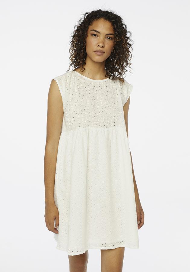 vestido-blanco-troquelado-compañia-fantastica