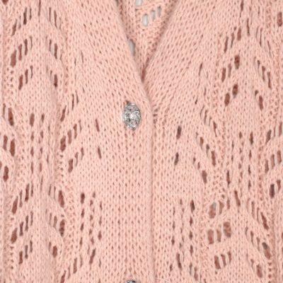 chaleco-calado-botones-pedreria-rosa-una-caja-de-botones
